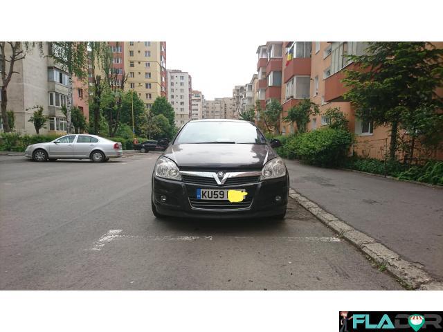 Vauxhall Astra H cu volan pe dreapta - 1/6
