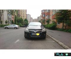 Vauxhall Astra H cu volan pe dreapta - Imagine 1/6