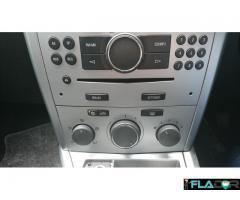 Vauxhall Astra H cu volan pe dreapta - Imagine 3/6