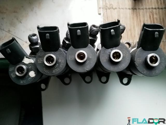 0445110188 Injectoare Citroen Ford Focus Fusion Mazda 3 Peugeot 206 307 407 Volvo C30 S40 V50 1.6 - 4/5