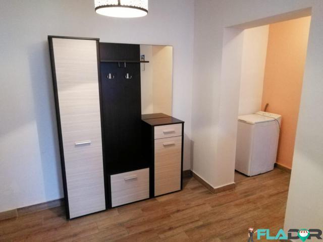 Vand apartament 2 camere - 1/5