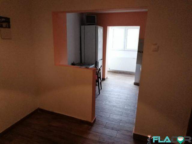 Vand apartament 2 camere - 5/5