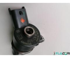 0445110160 Bosch 8200283583 Injector Nissan Opel Renault 1.9 dCi / 1.9 DTI / 1.9 DI