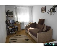 Vand apartamnet 3 camere in Oradea - Imagine 1/6