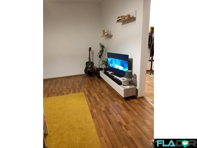Apartament 2 camere recent renovat - 1/1