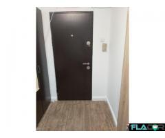 Vand apartament cu 4 camere - Imagine 2/5