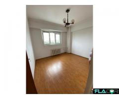 Apartament 4 camere,  decomandat - Imagine 2/6