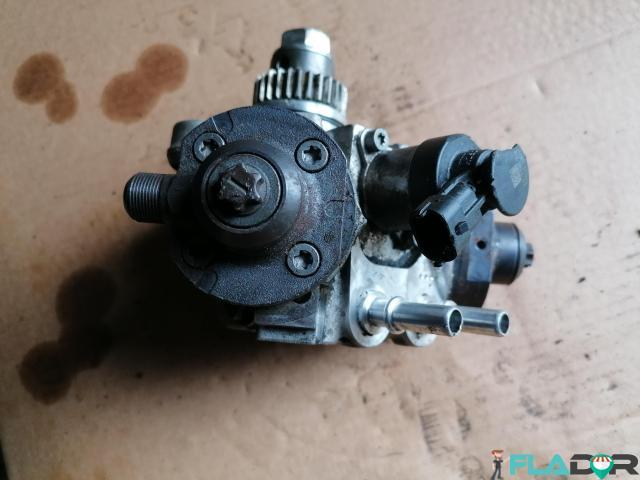 0445010636 35022131F Bosch Pompa de Inalta Presiune Lancia Thema 3.0 D Grand Cherokee 3.0 - 3/5