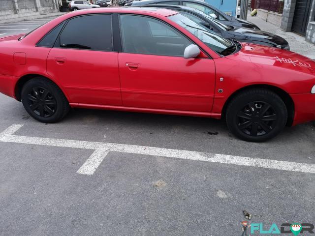 Vand Audi A4 - 1/6