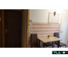 Vand apartament cu 2 camere - Imagine 1/6