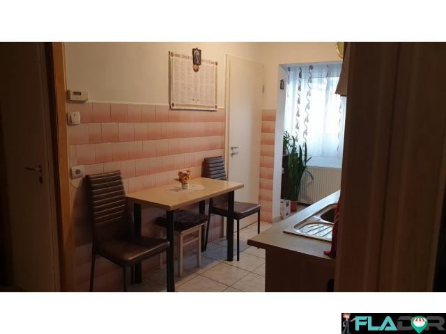 Vand apartament cu 2 camere - 4/6