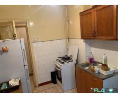 Apartament 3 camere conf.1 semidecomandat