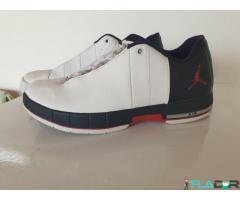 Sneakers Jordan Air Colectie Limitata - Imagine 1/6