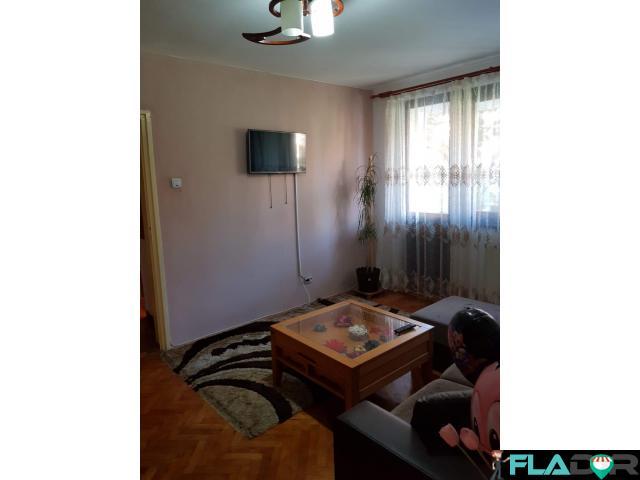 Vand apartament 2 camere - 4/6