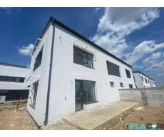 Vila individuala cu 4 camere,curte 220mp,Stradal,Finisaje moderne,Zona linistita - Imagine 3/6