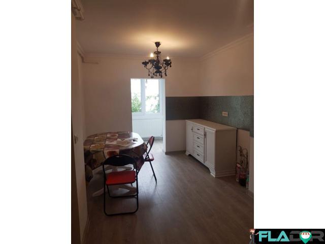 Vand apartament 2 camere Mioritei - 2/6