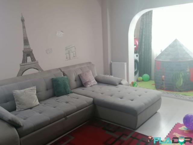 Vand apartament 3 camere Milcov - 4/6