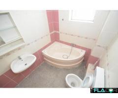 Apartament cu 2 camerepe str Mures - Imagine 2/6