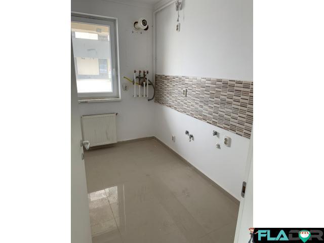Apartament 2 camere Militari Residence - 51 mpu - 49000 euro - 3/4