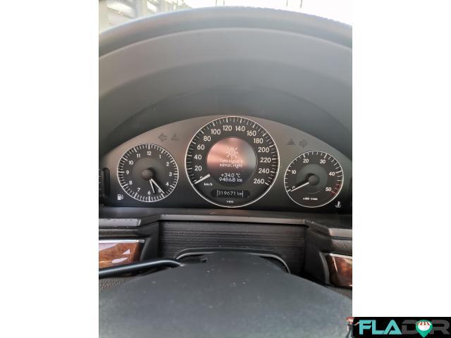 Vând Mercedes E class 2002 - 3/6