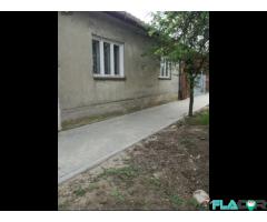 Casa de vanzare la 15 km de Arad