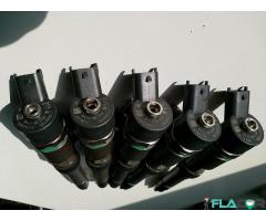 0445110247 504088823 Injector 0445110248 Fiat Ducato / Iveco Daily IV 3.0 D / Iveco Massif 3.0 HPI / - Imagine 1/6