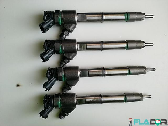Injector Bosch Cod 0445110564 5801644454 Iveco Daily VI / Citys / Line / Tourys 40C 50C 60C 65C HD - 5/6