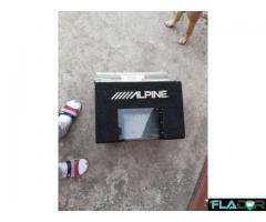 Tub bass Alpine 800w cu stație incorporata