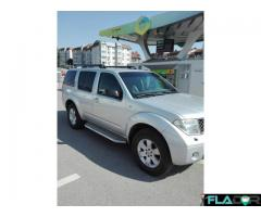 NISSAN PATHFINDER proprietar