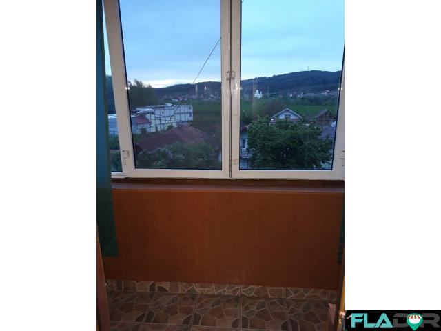 Schimb apartament 3 curtea de Arges cu aparent 2 camere sector 4 - 4/6