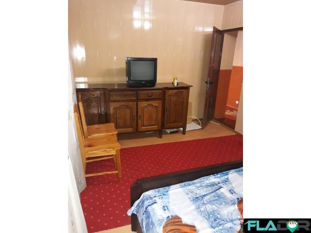 Schimb apartament 3 curtea de Arges cu aparent 2 camere sector 4 - 5/6
